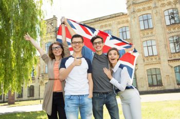 7 Tips to Help You Decide Which UK University to Apply For